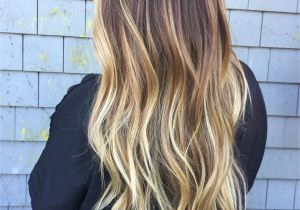 Blonde Hairstyles with Dark Roots Baliage Blonde and Brunette Ombré Fallbre Dark Roots Blonde Ends by