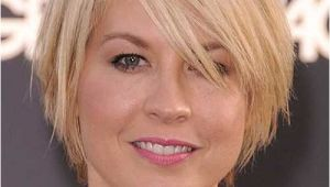 Bob Haircuts for Fine Hair and Round Faces 10 Layered Bob Haircuts for Round Faces
