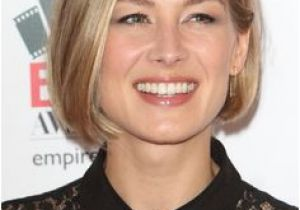 Bob Haircuts Rosamund Pike 167 Best Rosamund Pike Images