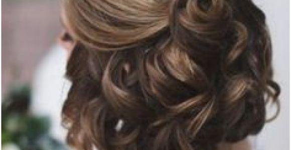 Bridesmaid Hairstyles Half Up Half Down Short Hair Wedding Hairstyles for Short Hair Half Up Half Down