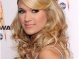Carrie Underwood Hairstyles Half Updos Carrie Underwood Half Updo with Hump Carrie Pinterest