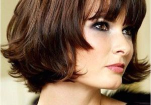 Chin Length Hairstyles All the Looks Cute Chin Length Hairstyles for Short Hair Bob with Blunt Bangs