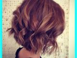 Concave Hairstyles for Curly Hair Wavy Concave Bob for Performances at Night