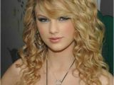 Curly Hairstyles for Full Faces 20 Long Curly Hairstyles for Round Faces