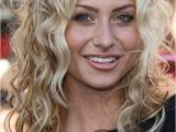 Curly Hairstyles for Full Faces 25 Best Curly Short Hairstyles for Round Faces Fave