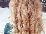 Curly Hairstyles Graduation 29 Lange Lockige Prom Frisuren Hair & Makeup Pinterest