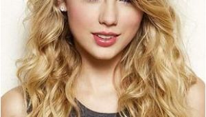 Curly Hairstyles Taylor Swift 20 Loose Curly Hairstyles for Long Hair 18 Taylor Swift