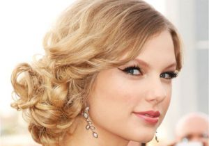 Curly Hairstyles to the Side for Prom 25 Simple and Stunning Updo Hairstyles for Curly Hair Haircuts