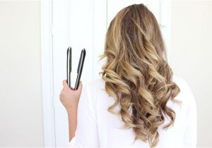 Curly Hairstyles with Flat Iron How to Curl Your Hair with A Flat Iron E Easy Way