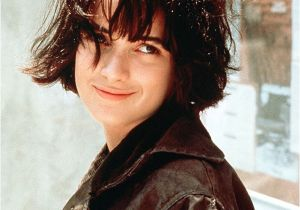 Cute Grunge Hairstyles Chin Length Wonders Back to the 90s with the Grunge Bob Hji