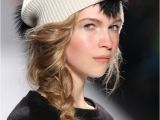 Cute Hairstyles for Beanies Cute Cozy Hat Hairstyles to Try This Fall