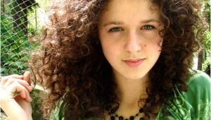 Cute Hairstyles for Thick Frizzy Hair 30 Overwhelming Cute Curly Hairstyles
