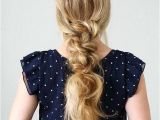 Cute Hairstyles Knotted Ponytail How Cute is This Knotted Low Pony by the Beautiful and Talented