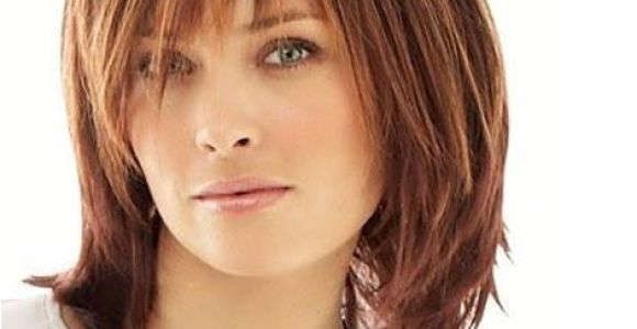 Cute Hairstyles Over 40 Cute Mid Length Hairstyles for Women Over 40