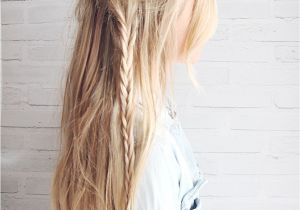 Cute Hairstyles to Wear to the Beach 10 Easy Hairstyles for the Beach