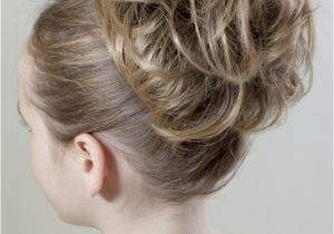 Cute Hairstyles with Scrunchies Classic Scrunchie A Quick Easy Hairstyle by Ezi Hair