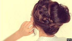 Cute Messy Bun Hairstyles for Medium Hair Second Day Hairstyles