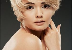Cute Short Hairstyles for Square Faces Cute Short Haircuts for Women with Square Faces