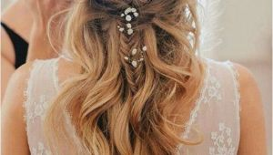Cute Wedding Hairstyles for Bridesmaids 24 Beautiful Bridesmaid Hairstyles for Any Wedding the