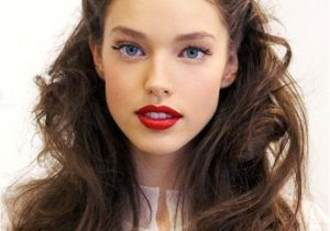 Easy 1940s Hairstyles for Curly Hair Pinterest Found Holiday Hair hair Pinterest
