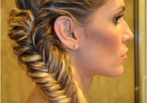 Easy but Amazing Hairstyles Amazing Worlds tour Amazing Quick & Easy Long Hairstyles