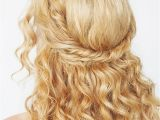 Easy Curled Hairstyles 9 Easy the Go Hairstyles for Naturally Curly Hair