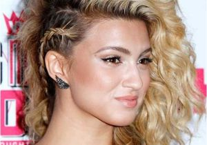 Easy Curled Hairstyles for Long Hair 20 Easy Styles for Curly Hair