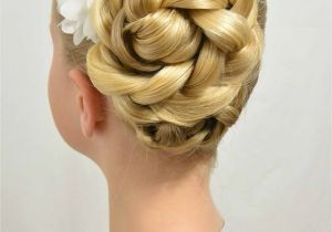 Easy Easter Hairstyles Easy Easter Updo and A Hair Trick Babes In Hairland