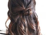 Easy Everyday Hairstyles for Short Length Hair Half Up Knot In 2018 Hair Styles Pinterest