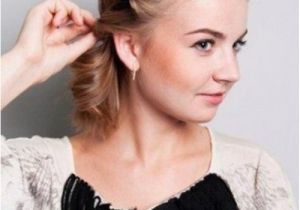 Easy Grecian Hairstyles Diy Easy Greek Hairstyle with A Bandage Styleoholic