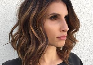 Easy Hairstyles for Long Faces 60 Super Chic Hairstyles for Long Faces to Break Up the Length