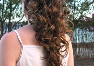 Easy Hairstyles for Short Curly Hair to Do at Home Easy Hairstyles for Curly Hair to Do at Home