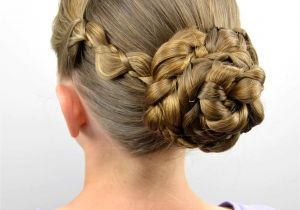 Easy Hairstyles for the Summer Easy Braided Summer Hairstyle