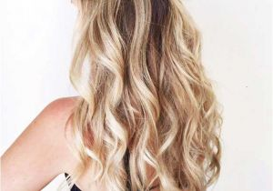 Easy Half Up Half Down Hairstyles for Long Hair 31 Amazing Half Up Half Down Hairstyles for Long Hair