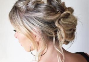 Easy Messy Bun Hairstyles for Long Hair 30 Quick and Easy Updos for Long Hair