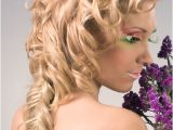 Easy Prom Hairstyles for Long Hair to Do at Home 5 Easy Prom Hairstyles for Long Hair to Do at Home
