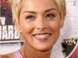 Easy Short Hairstyles for Moms Easy Short Hairstyles for Moms