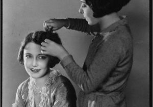 Easy to Do 1930s Hairstyles Easily Identify the Key Trend Of the 30 S Hairstyles Were Wave
