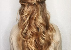 Easy to Do Half Up Hairstyles 11 Gorgeous Half Up Half Down Hairstyles