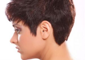 Easy to Manage Short Hairstyles for Thick Hair Easy to Manage Short Hairstyles for Women