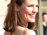 Easy to Take Care Of Hairstyles Jennifer Garner S Easy to Take Care Of Shoulder Long Hairstyle