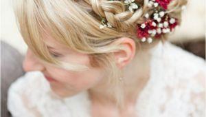 Flower In Hair Wedding Hairstyles 14 Bridal Hair Flowers with Wow Factor Bridal Hairstyles