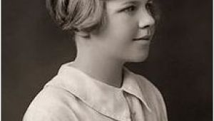 Hairstyle Definition Wiki Venetia Burney