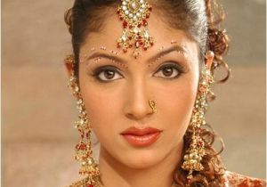 Hairstyle In Indian Wedding Indian Wedding Hairstyles and Bridal Makeup