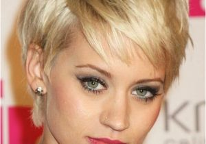 Hairstyles for 50 Square Face the Best Short Haircuts for Fine Hair