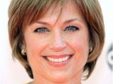 Hairstyles for 50 Year Old Woman with Glasses Chic Short Bob Haircut for Women Age Over 50 Dorothy Hamill S