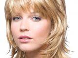 Hairstyles for Below Chin Length Hair Pin Von Elena Auf Frisuren Für Stufenschnitt Pinterest