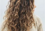 Hairstyles for Curly Long Hair Casual Best Long Curly Hairstyles 2018 to Make You Pretty and Stylish