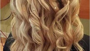 Hairstyles for Prom Down and Curly 35 Prom Hairstyles for Curly Hair