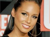 Hairstyles for Round Faces Ebony Flattering Hairstyles by Face Shape for Black Hair